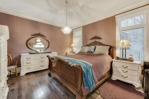Welcome To 25 Galloway Street Strathcona County Edmonton Area image 9