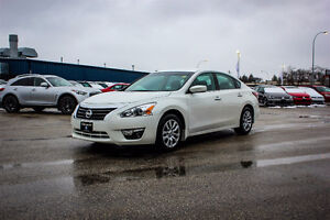 2015 Nissan Altima S only 45000km