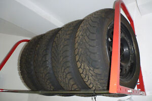 GOODYEAR NORDIC 195/55R15 tires on rim. Excellent condition! Kitchener / Waterloo Kitchener Area image 1