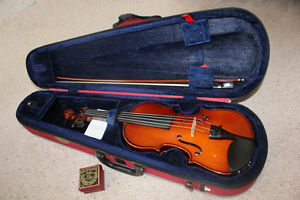 1/2 Size Stentor Violin/Fiddle Outfit