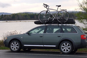 Thule box and rack with 2 bicycle carriers