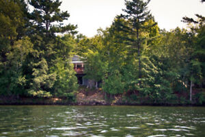 Waterfront cottage for rent on Pike Lake.