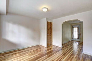Triplex great location with lots of character. To see!!! Gatineau Ottawa / Gatineau Area image 5