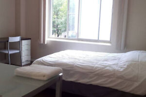 McGill 1, 1/2 for rent by week