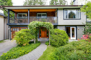 Bright, spacious, 1 bedroom garden level suite in Deep Cove