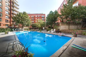 DOWNTOWN CONDO near BELL CENTRE size: 1063 S.F GREAT INVESTMENT