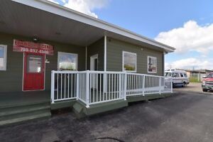 Prime commercial office / retail space for rent in Wabamun