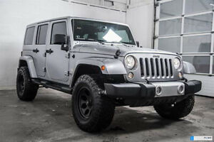 2013 Jeep Wrangler Unlimited Sahara,  4-door Auto (4x4), 2 Tops!