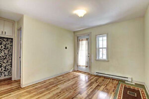Triplex great location with lots of character. To see!!! Gatineau Ottawa / Gatineau Area image 6