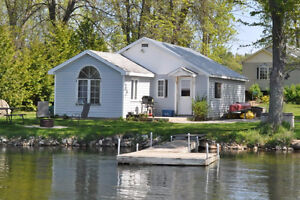 Relax in White Lake this summer 3 cottages 45min from city