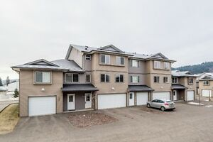 NEWER FULLY FINISHED TOWNHOUSE!