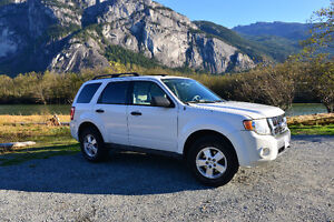 2010 Ford Escape XLT AWD SUV V6 3.0L (240hp)