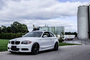 2009 BMW 1-Series 135i M Package Coupe (2 door)