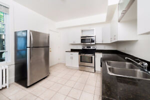 AVAILABLE SEPTEMBER RENOVATED 4/5 BR FLAT STEPS TO DAL & KINGS