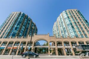 SPACIOUS CONDO WITH INCREDIBLE VIEW OF BARRIE WATERFRONT!
