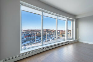King's Wharf Condo 1 bed + den and balcony