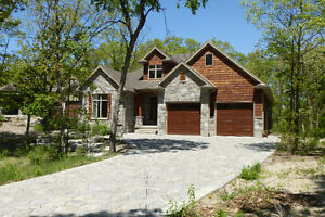 LIVING IN HARMONY WITH NATURE - GRAND BEND London Ontario image 4