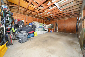 DOUBLE Garage for STORAGE only