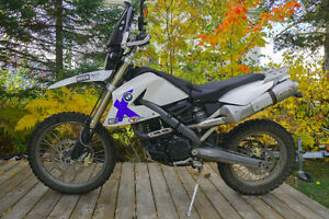 Awesome and RARE BMW G650X-Challenge Enduro/Adventure bike