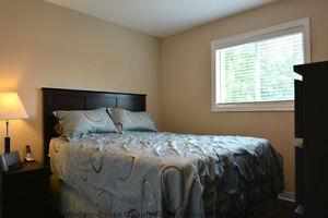 Beautiful detached home for rent in South Windsor Windsor Region Ontario image 5