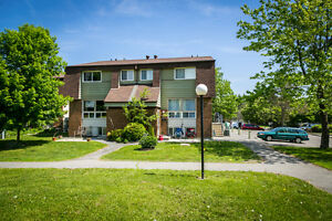 Bells Corners Row Unit -- $149,900, close to Greenbelt