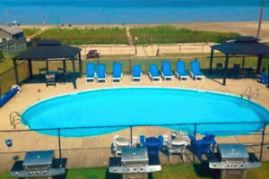 Wasaga Beach Condo Available October- May 31