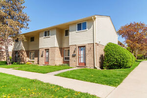 TOWNHOUSE!!!!!!! Southdale and Wharncliffe area