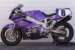 1989 Yamaha FZR600 Race/ Track Day Bike