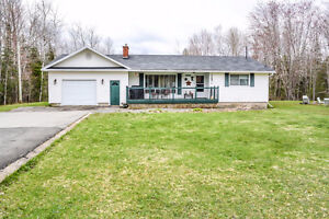Large 2+2 Bungalow in Geary - 81 Smith Road