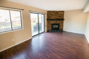 Beautiful 3 Bed with 1 1/2 Bath Available March 15th!