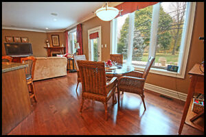 Stunning one of a kind home on an acre in Strathroy London Ontario image 5
