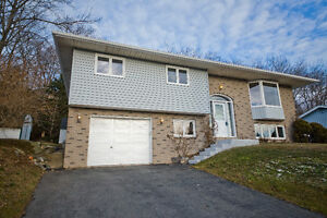38 P Thomas Dr - Exceptional value-Sought after neighborhood!