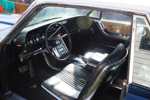 MUST SEE 1964 Ford Thunderbird
