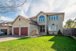 Barrie 4Beds4WR 2kitchen Detached house