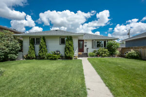 Thorncliffe Center Street 61 Ave NW Bungalow Main Floor for Rent