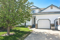 Lovely 2-Storey Home in GREAT location!