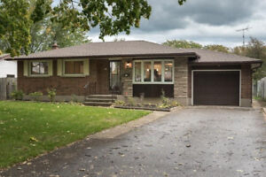 Beautiful North End Bungalow For Sale in St Catharines