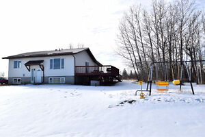 NEW LISTING, hwy63 - House/shop/business/farmland..all-in-1!!!