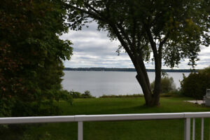 Waterfront cottage for rent - Shanty Bay
