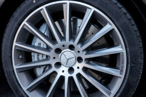 """Set of 19"""" Mercedes AMG rims 5x112 with run-flat tires"""