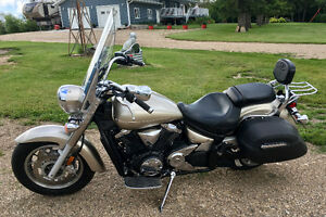 2008 V-Star 1300 Touring *Mint Condition* LOW KM
