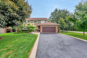 ANCASTER OPEN HOUSE, SUN. Sept 16, 2-4pm! Newly listed!