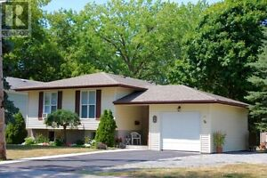 Bungalow 3+1Bdrm and 2 Bath, 77 Palace Rd, Napanee