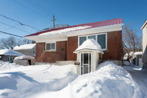 Prime location for builders and investors - 241 Ferland