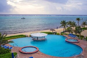 Grand Cayman - Morritt's Grand - Beach Front 2 Bedroom Apartment