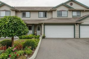 2 Level Townhome, Dbl Garage, A/C + CUTE YARD with Cov'd Patio!