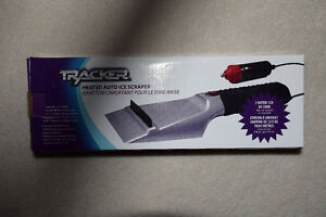 Tracker Heated Auto Ice Scraper