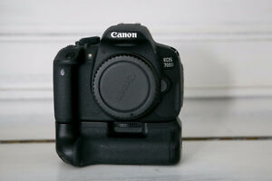 Canon T4i with Tamron 17-55mm Lens, Battery grip and Batteries
