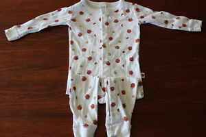 BabyGap 18-24 months pumpkin footless sleeper $5