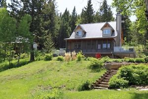 2 Dream Homes With Mountain Views in Pincher Creek MD 7.24 Acres